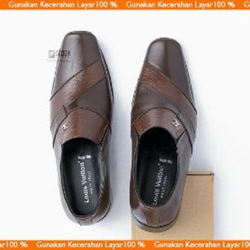 Foto Produk Promo Sepatu Pantofel Kulit untuk Kerja Kantor bukan Kickers Limited dari RaysD