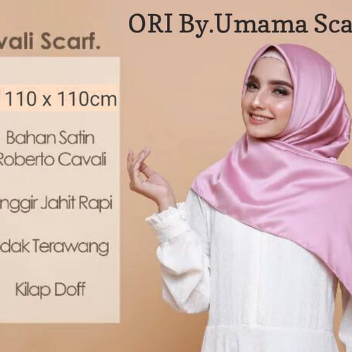 Tutorial Hijab Segiempat Satin Kita