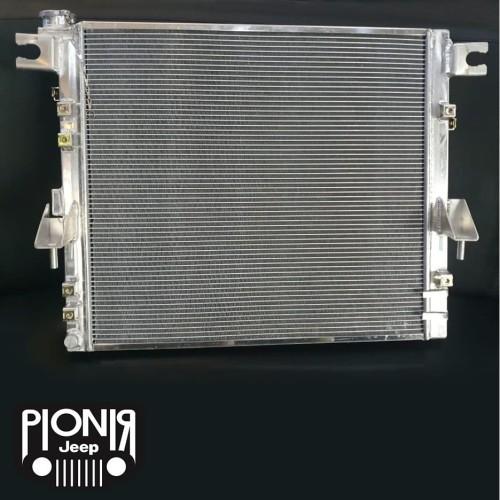 Foto Produk HD Radiator Full Aluminium untuk Jeep JK Wrangler Rubicon Bensin dari PIONIR JEEP