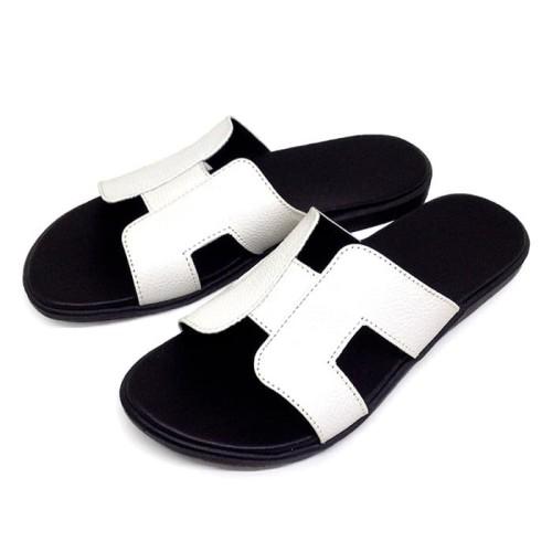 Foto Produk Sandal Wanita Asli Kulit Sapi Model Teplek Flat Putih TR261 dari Tokorestu 2