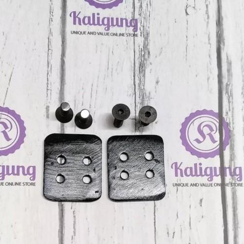 Foto Produk Soket plat sepatu cleat - sepasang plat dan include baut dari Kaligung