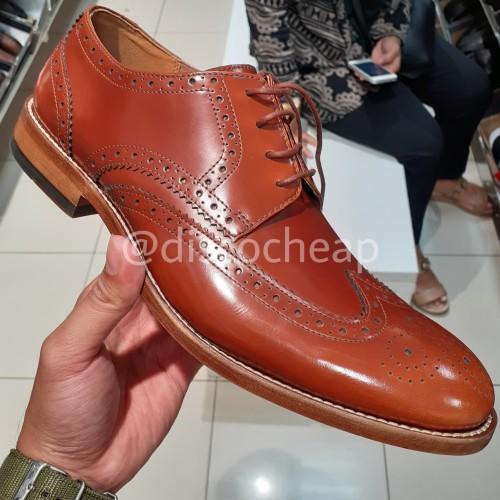 sensibilidad Retencion pedir  Jual Sepatu Pantofel Pria CLARKS JAMES WING Clearance Sale - Kota Bekasi -  discocheap | Tokopedia