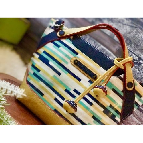 Foto Produk SLING BAG : MICHI BUSY STRIPES (PREORDER) dari sewstories