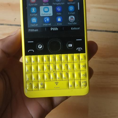 Foto Produk nokia asha 210 dual sim original normal kuning nokia dari alissta shop