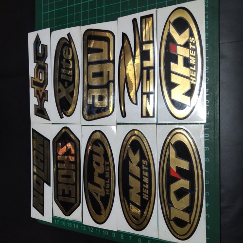Foto Produk Cutting Sticker Chrome Gold Logo Helm 10cm KYT, SHOEI, ARAI, KBC DLL dari Teras Digital