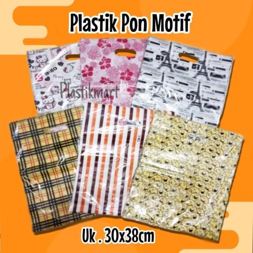 Foto Produk Kantong Plastik Motif Ukuran 30x38 dari Abadi Makmur Plastik