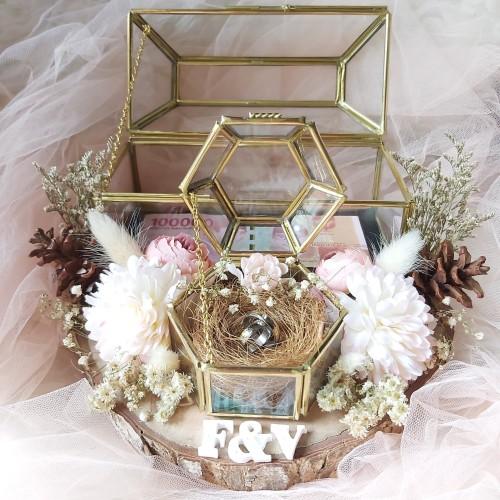Foto Produk kotak mahar uang dan cincin seserahan cincin terarium glass box nikah dari teguhelectronic
