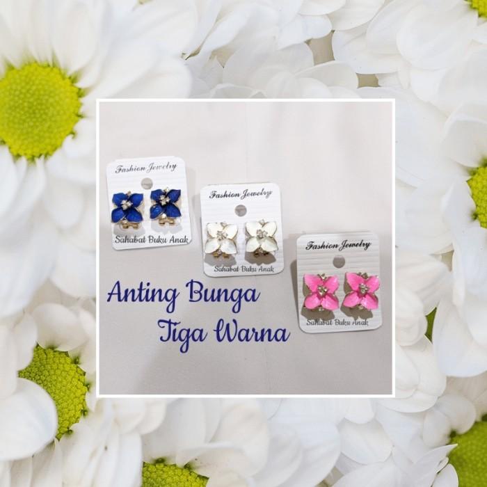 Foto Produk Anting Bunga Plate Gold tiga warna - Putih dari Sahabat Buku Anak