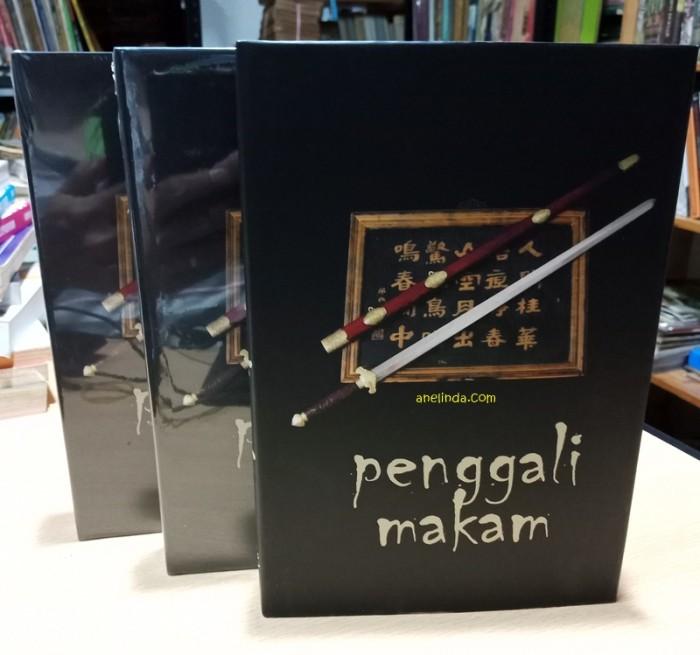 Foto Produk PENGGALI MAKAM - EDISI HARD COVER (3 JILID TAMAT) dari Anelinda Buku Klasik