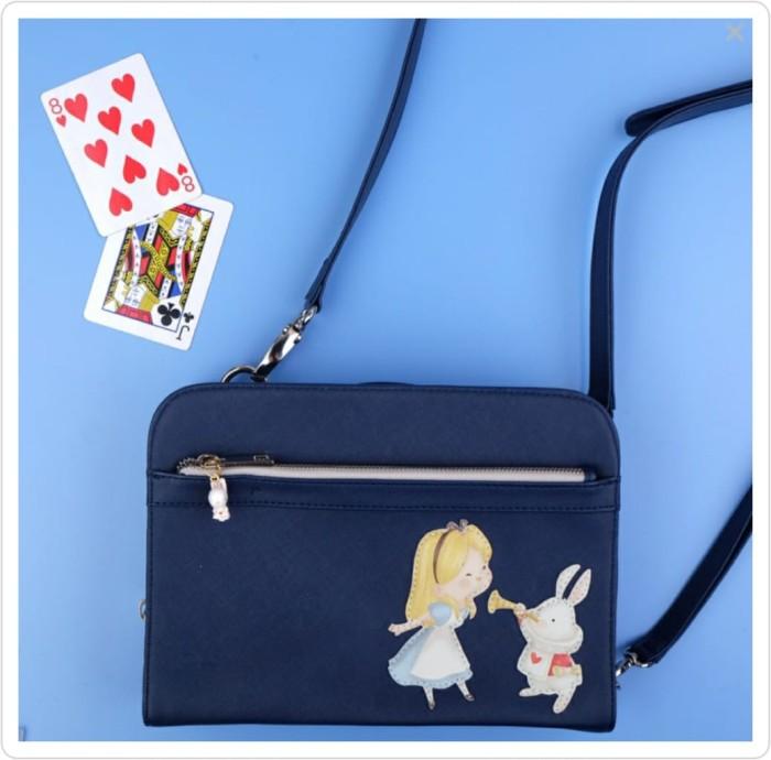 Foto Produk Jasmine Tease Edith Navy Clutch White Rabbit dari Kaia Boutique
