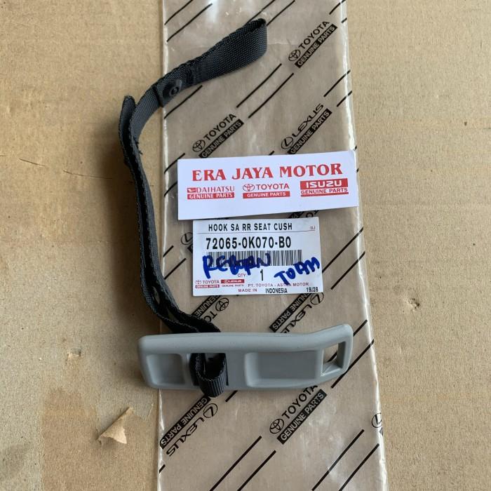 Foto Produk Tali gantungan jok belakang innova reborn original dari era jaya motor