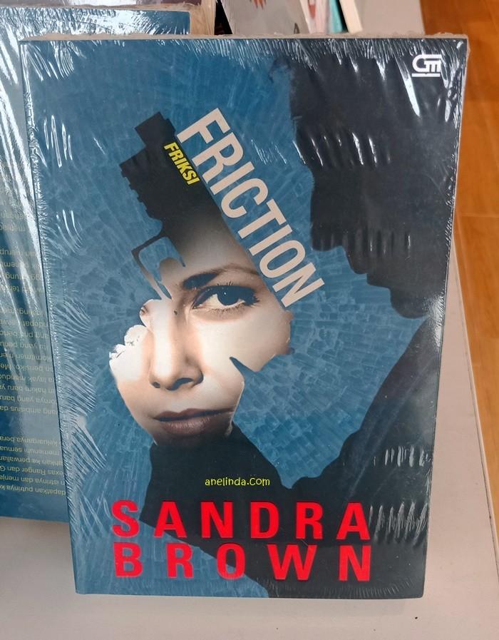 Foto Produk FRICTION - FRIKSI (KARYA SANDRA BROWN) dari Anelinda Buku Klasik