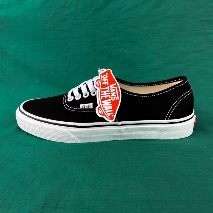 Foto Produk VANS AUTHENTIC BLACK WHITE GLOBAL dari Karawang Sneaker ID