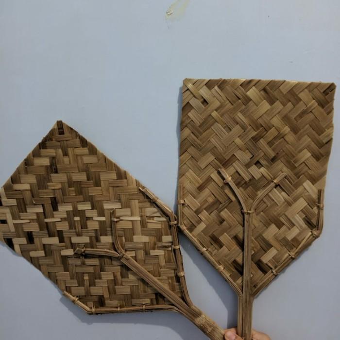Jual Kipas Angin Manual Kipas Tradisional Kerajinan Tangan Kerajinan Kab Sukoharjo Nusamuseum Tokopedia