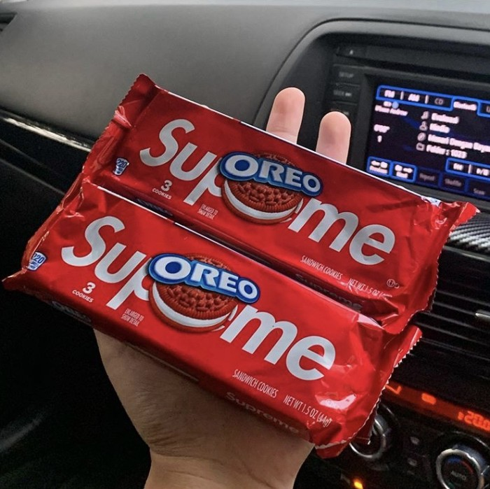 Foto Produk Supreme X Oreo Cookies 100% Original( READY STOCK ) dari Branded Gang