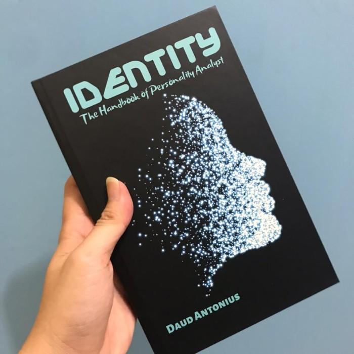 Foto Produk Buku Psikologi : Identity - The Handbook of Personality dari psikologid