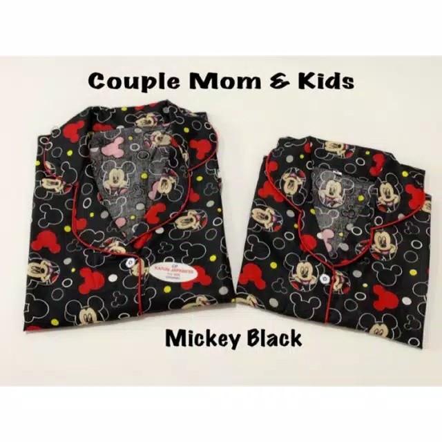 Foto Produk Couple mom and kids Mickey black / pasangan ibu anak keluarga Piyama dari D-FashionP