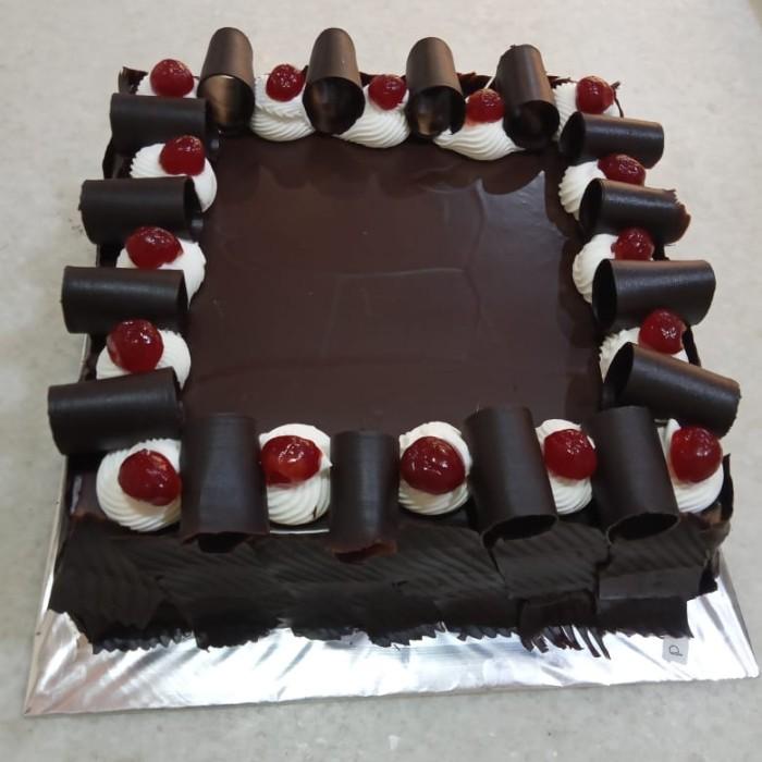 Jual Kue Ulang Tahun Ultah Black Forest Cake Free Kartu Ucapan Jakarta Utara Super Cheap Tokopedia