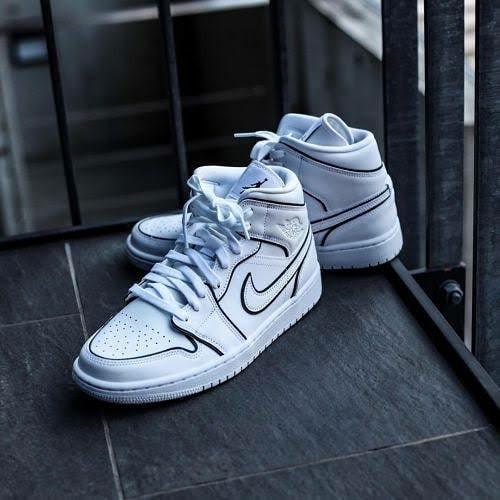 Jual Top New Sneaker Nike Air Jordan 1 Mid Se Iridescent