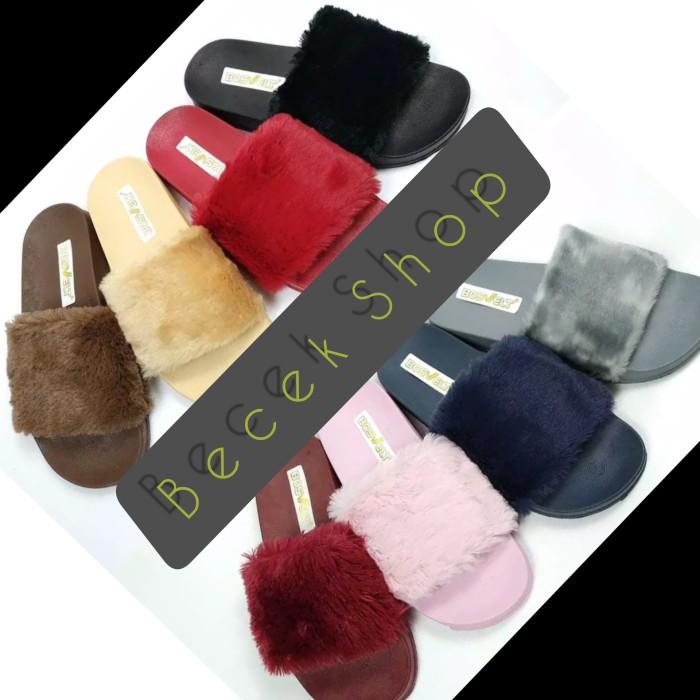 Foto Produk sandal slop bulu sb - Merah dari BeCek Shop
