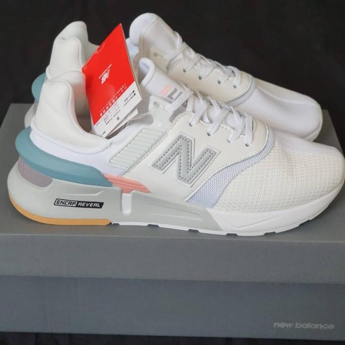 new balance 997 white blue