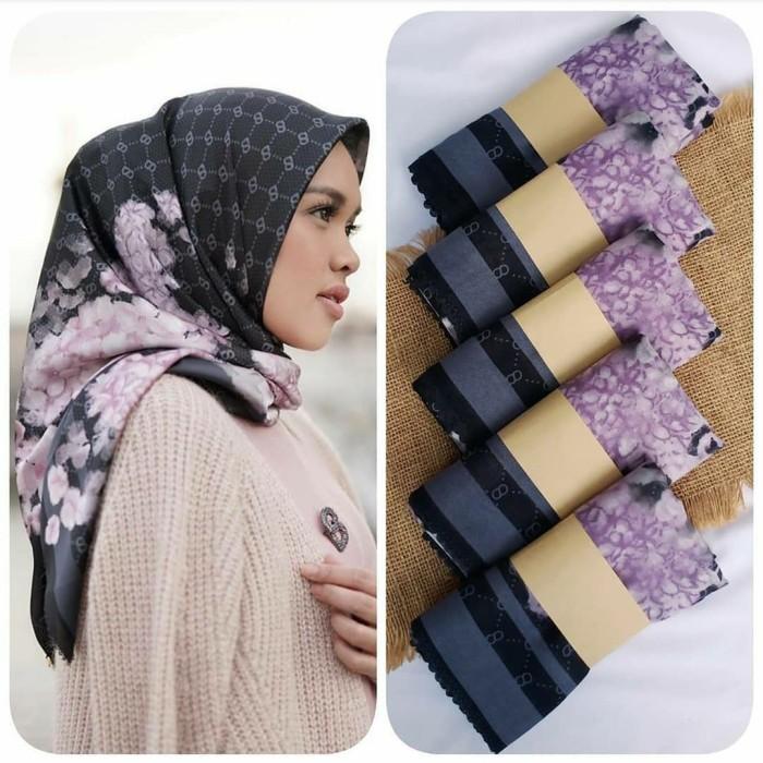 Bisa Cod Hijab Segi Empat Motif Bunga Hitam Kerudung Jilbab Terbaru Lainnya Hijab Segi Empat Motif Terbaru 2020 Hijab Segi Empat Polos Hijab Segi Empat Jumbo Hijab Segi Empat Saudia Hijab Segi Empat Elzatta