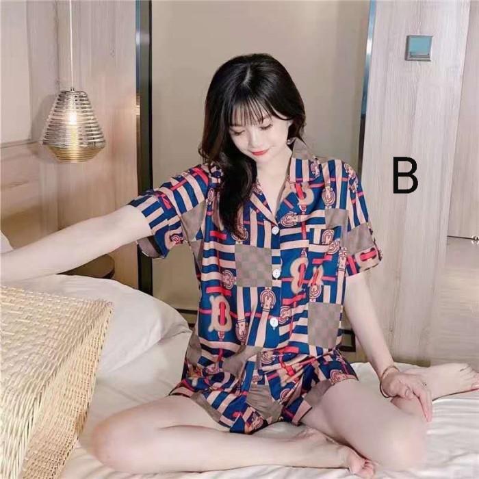 Foto Produk Piyama Wanita Tabita Set Baju Tidur Kancing Pajamas Pendek Murah dari Parrot Computer