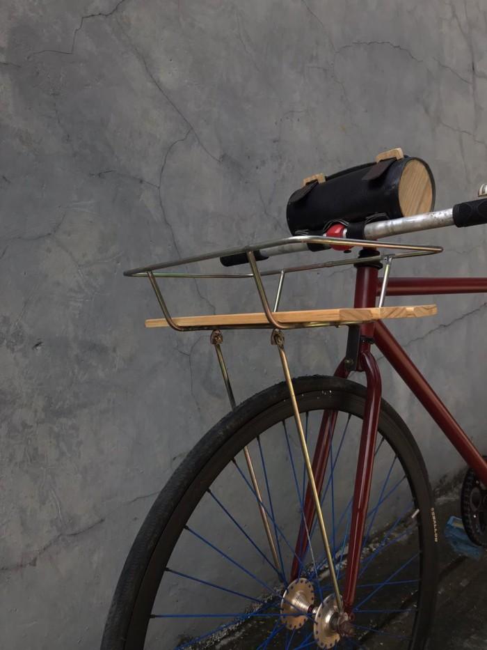 Jual Custom Rack Keranjang Sepeda Commuter Fixie Federal Kab Subang 136 Storee Tokopedia