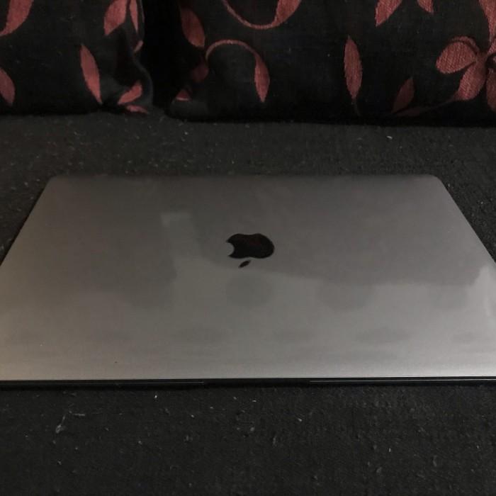 Jual MacBook Air Retina 2019 i5 8GB 128GB Fullset IBOX ...