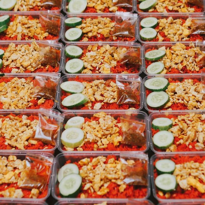 Foto Produk Nasi Goreng Merah (HALAL) dari andre hendrawan