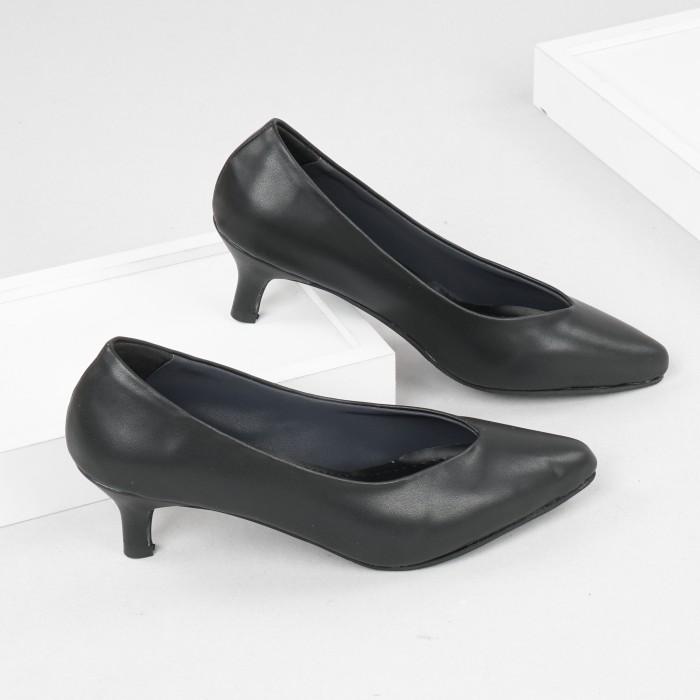 Foto Produk Guzzini MN 518 Hitam - Sepatu Heels Polos 5cm Wanita dari Guzzini
