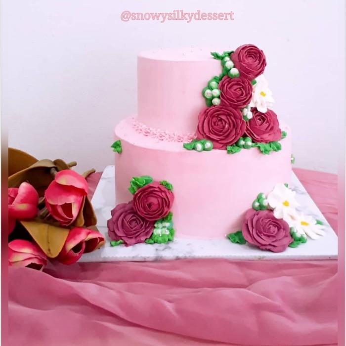 Jual Wedding Cake 2 Tier Simple Jakarta Selatan Toko Cup Silky Pudding Tokopedia