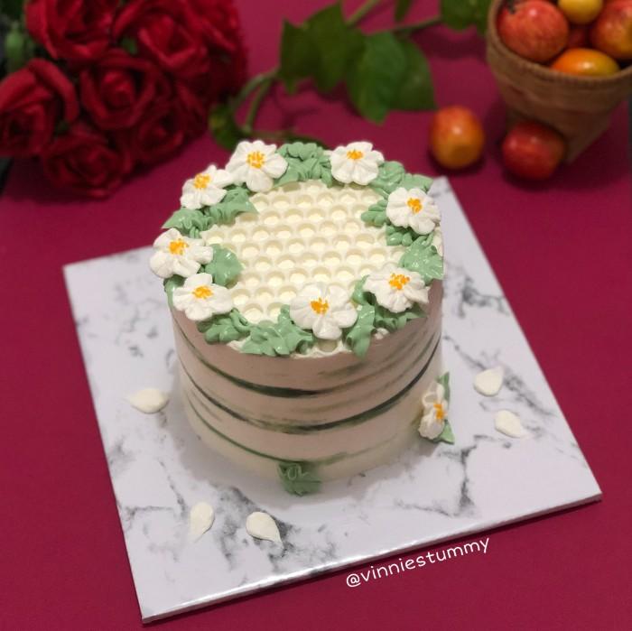 Jual Korean Aesthetic Cake Kue Ulang Tahun Murah Birthday Cake Tart Jakarta Utara Vinnies Tummy Tokopedia