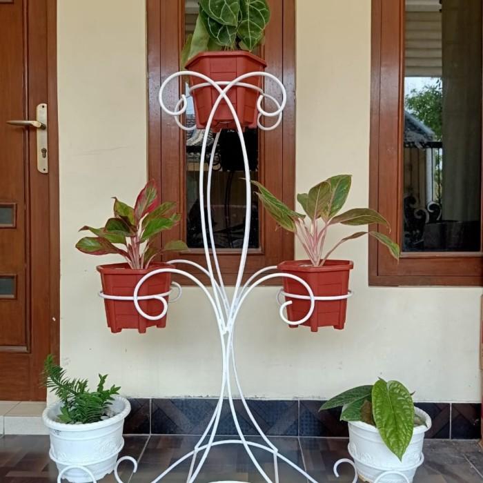 Jual Rak Bunga Besi Model Lobang Rak Bunga Minimalis Putih Kota Yogyakarta Khayla Store Jogja Tokopedia