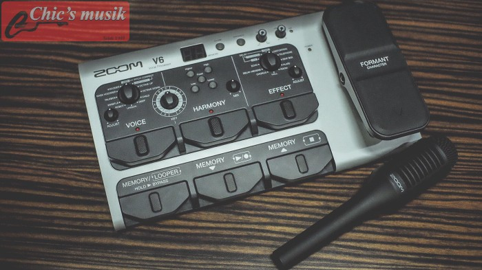 Foto Produk Multieffect vocal Zoom V6 (include mic) dari Chic's Musik
