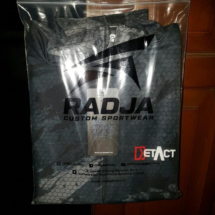 Foto Produk Jaket DETACT merk RADJA Custom Sportwear dari UAV