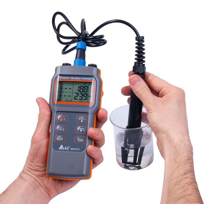 Foto Produk Water Meter 5 in 1 AZ Instrument 86031 Dissolved Oxygen PH Salinity DO dari HRDIK
