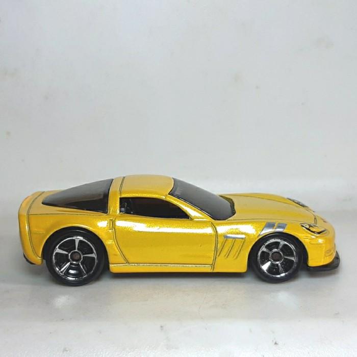 Jual Hw Hot Wheels Loose Aston Martin Yellow Kuning Kota Tangerang Selatan Dwu Art Antique Tokopedia