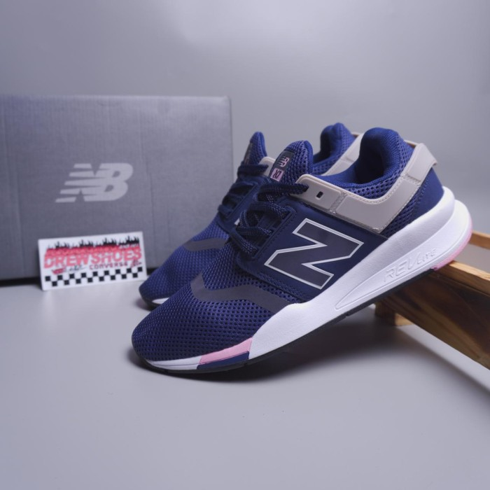 New Balance 247 Navy Pink