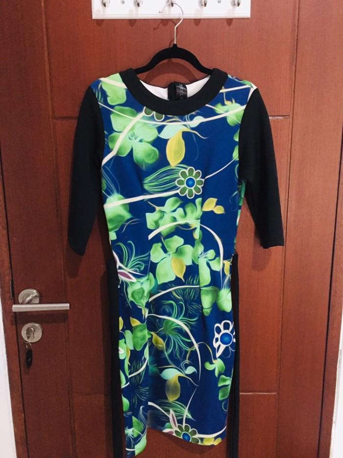 Midi Dress by Billy Tjong