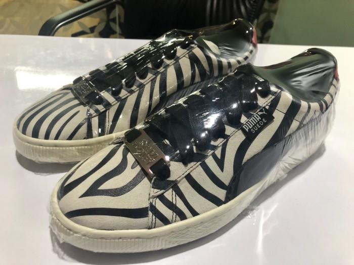reputable site c24e7 18baa Jual Sepatu Puma Classic Suede 50 Paul Stanley KISS Original - Jakarta  Pusat - dutprat | Tokopedia