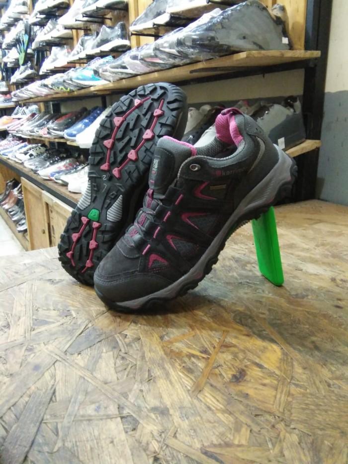 Jual Sepatu KARRIMOR MOUNT LOW 00 Hiking Original Made in (Indonesia ... d231ba27db