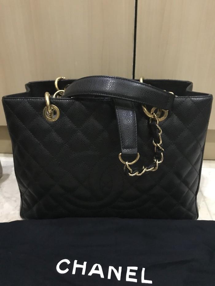 20c927d9895b Jual Chanel GST black caviar - yen's collections shop | Tokopedia
