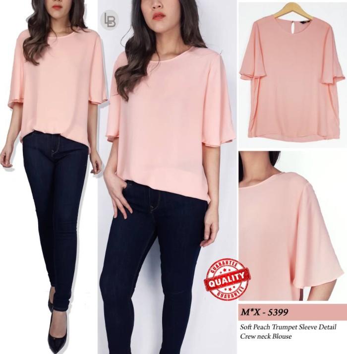 Foto Produk Max soft peach trimpet sleeve detail creq neck blouse dari lapontefashion