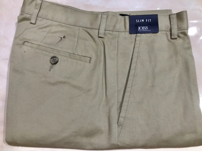 Ori celana katun setengah lutut warna khaki merk Jobb ukuran 31