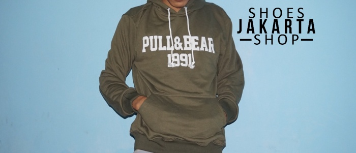 harga Hoodie sweater pull and bear ijo army premium Tokopedia.com