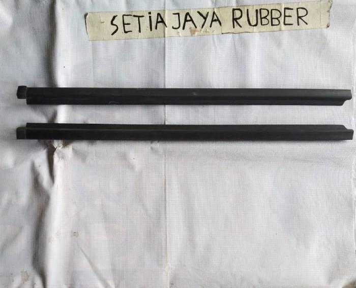 Foto Produk Pelipit kaca grand max atau luxio dari Setia Jaya Rubber