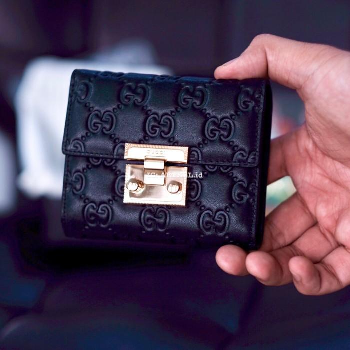 e4f5b9026408a5 Jual Dompet Gucci Signature Leather Padlock Wallet 453155 [Woman ...