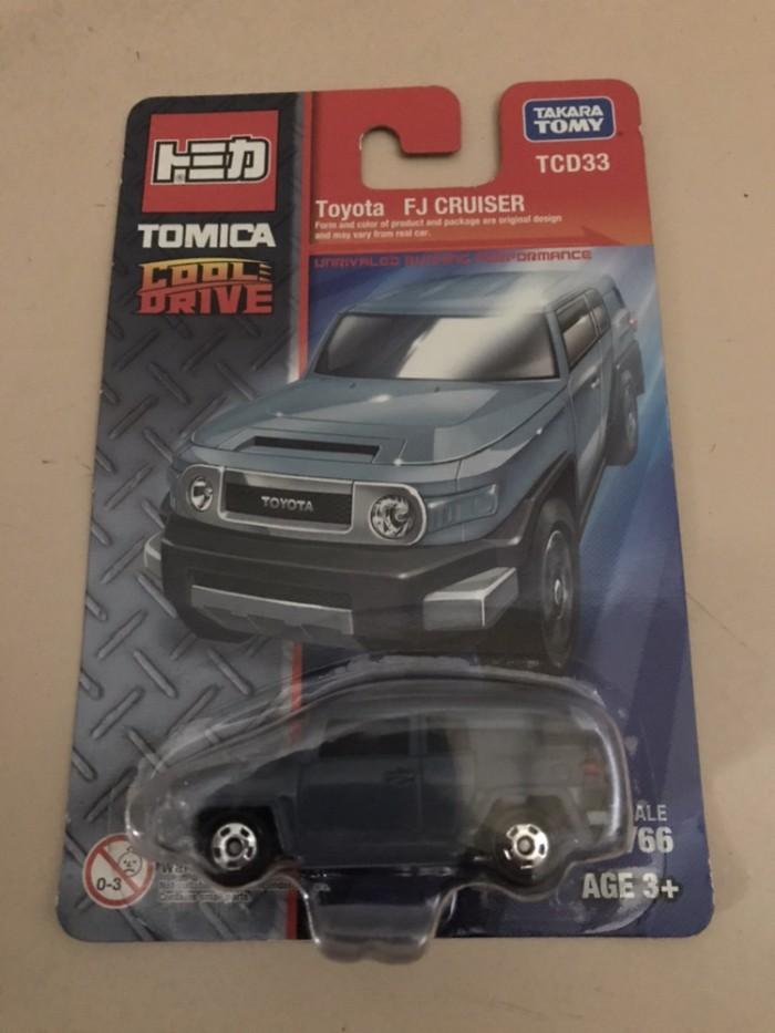 ... Tomica Cool Drive Toyota FJ Cruiser Blue
