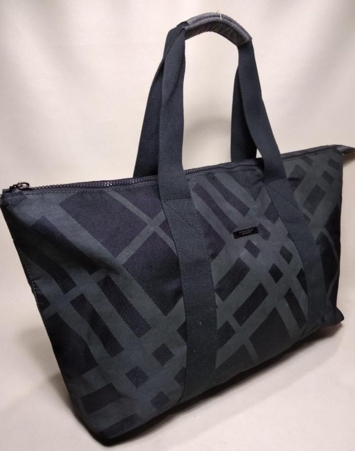 b0ef669ed0f6 Jual Burberry fragrance tote bag - as preloved04